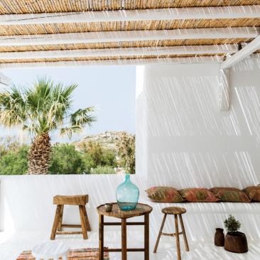 tropical-paradise-roman-ricard-via-coco-kelley.png