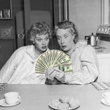 friends_talking_about_money-680x531.jpg